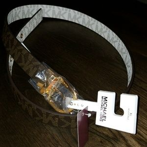 NWT Authentic Michael Kors reversible xlarge belt